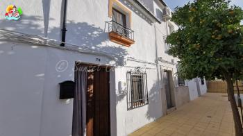 Rute, Character one bedroom property with garden and plunge pool