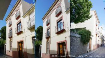 Archidona, Large 7/8 bedroomed town house with pool and a fantastic opportunity for a holiday lettings business.