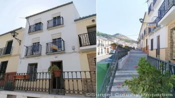 Archidona, 1 bed 1 bath town house in superb location with great views