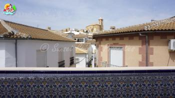 Iznajar, fantastic 4 bedroom, 2 bathroom duplex town house located in the centre with views.